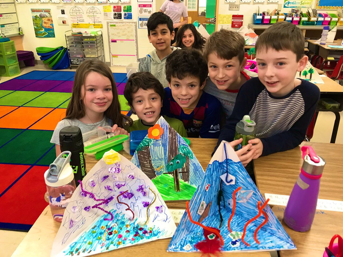 Ss invented animals with adaptations and constructed trioramas to showcase their ecosystems! We love arts integration in science ❤️🎨 🐸 🐻 🦅 <a target='_blank' href='http://search.twitter.com/search?q=mckaps'><a target='_blank' href='https://twitter.com/hashtag/mckaps?src=hash'>#mckaps</a></a> <a target='_blank' href='http://twitter.com/chbrownmckcard'>@chbrownmckcard</a> <a target='_blank' href='http://twitter.com/GMilleratMES'>@GMilleratMES</a> <a target='_blank' href='http://twitter.com/APSMcKPR'>@APSMcKPR</a> <a target='_blank' href='http://twitter.com/McKaleidoscope'>@McKaleidoscope</a> <a target='_blank' href='http://twitter.com/APSscience'>@APSscience</a> <a target='_blank' href='https://t.co/rBxaHzw69n'>https://t.co/rBxaHzw69n</a>