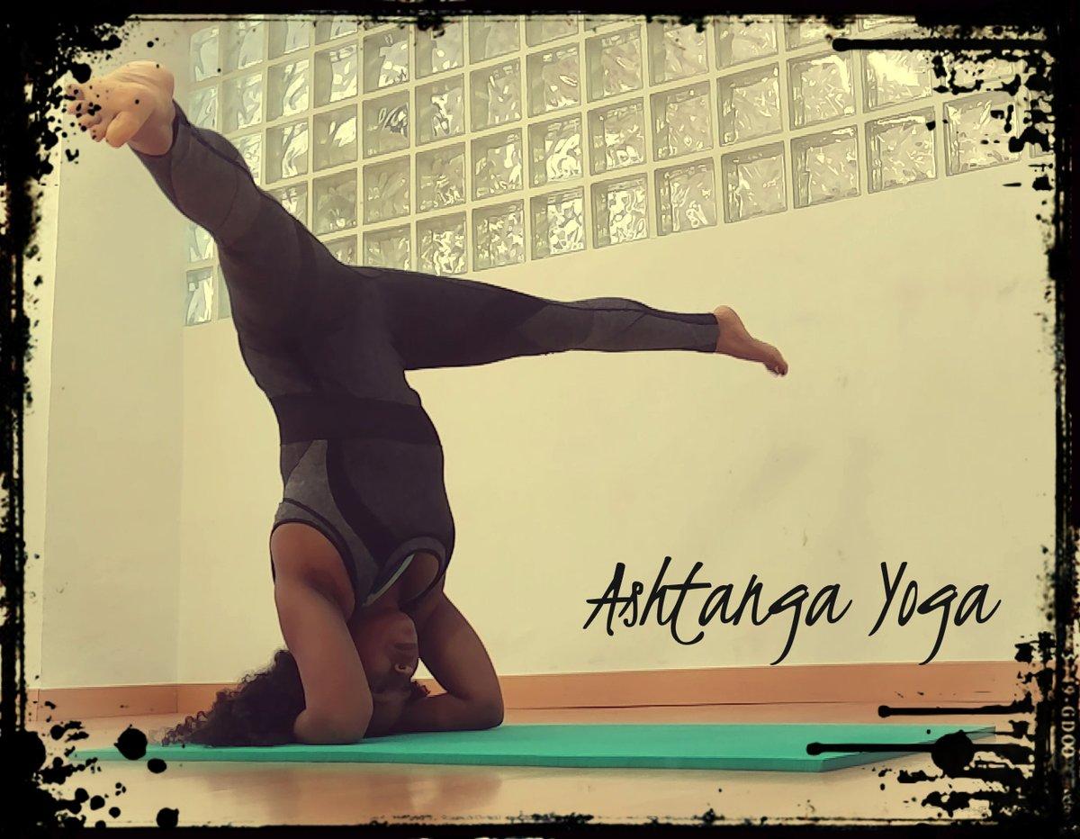 Clases de Vinyasa y Ashtanga #Yoga en Madrid, ... - https://is.gd/xz4jRQ - #AshtangaYoga #ClasesDeAshtangaYoga #ClasesDeVinyasaYoga #ClasesDeYoga #VinyasaYoga #YogaBarrioDelPilar #YogaCalleConradoDelCampo #YogaCalleGeneralAranaz #YogaCiudadLineal #YogaLaVaguada #YogaMadridpic.twitter.com/K45vtbDD8T