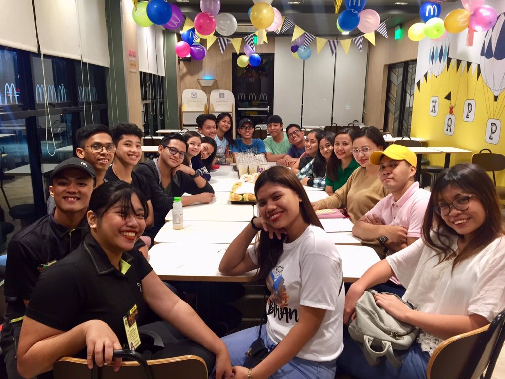 Meeting yesterday. thank you sir @aldenrichards02 for the tshirts as incentive!  <br>http://pic.twitter.com/9UblOb008B