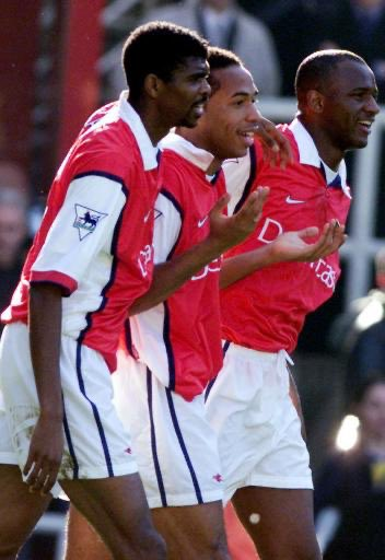 #OTD in 1999, Nwankwo Kanu signed for Arsenal from Inter for around £4m.