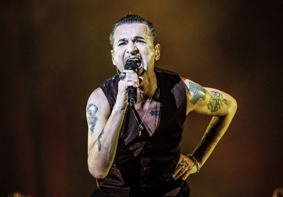 """Depeche Mode on #RockHall induction: """"We're incredibly honoured to be included"""" https://rol.st/2TpPfKF"""