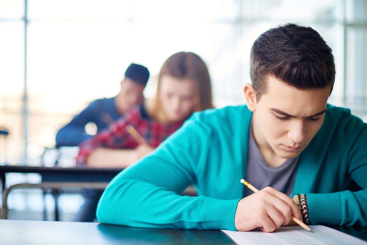 test Twitter Media - La #FCPE exige que l'inorganisation dans la passation des premières épreuves du baccalauréat 2021 ne crée par une rupture d'égalité entre les élèves. Lire la suite ici : https://t.co/BKvou0NAbB https://t.co/taib6NByNM