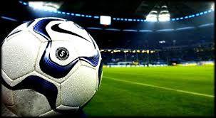 Free live football streams available tonight:   Fiorentina v Atalanta 14:00  AC Milan v SPAL 17:00  Nimes v Rennes 18:00  Juventus v Udinese 19:45 Man Utd v Wolves 19:45  Monaco v PSG 20:00  #footballlive  Live streams -  https:// buff.ly/2QVEWMO    <br>http://pic.twitter.com/8MYXuxTmau