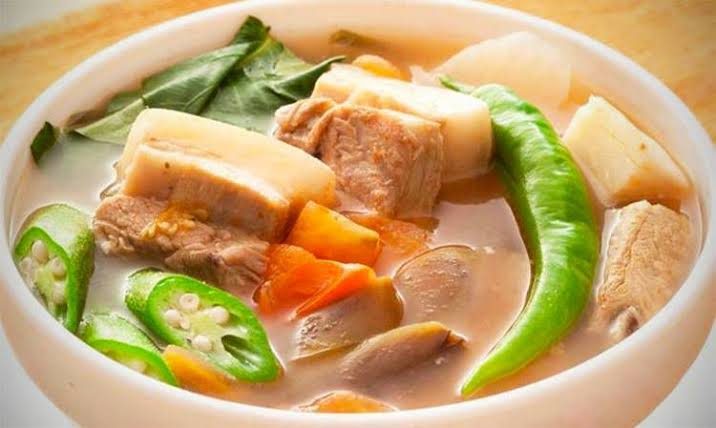 Not twice related, but ph moots, let's settle this. Retweet for Sinigang Like for Nilaga