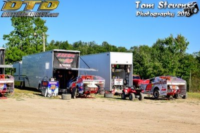 Jimmy Phelps, and Max McLaughlin's pits  (@Jimmy_Phelps, @MaxMcLaughlin_)pic.twitter.com/mEkNA6pExV