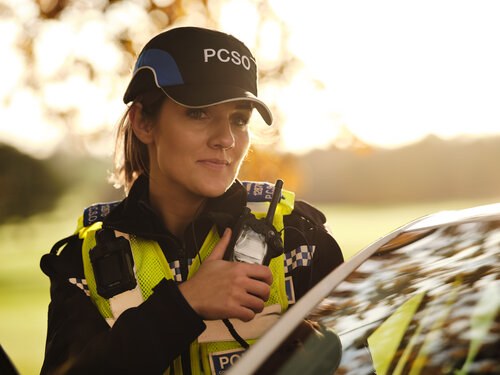 Looking to make a difference to your community and to help tackle the pressing issues for its residents? There's still time to apply to make a difference as a Police Community Support Officer. Find out more about the role and apply at careers.derbyshire.police.uk/what-you-could…