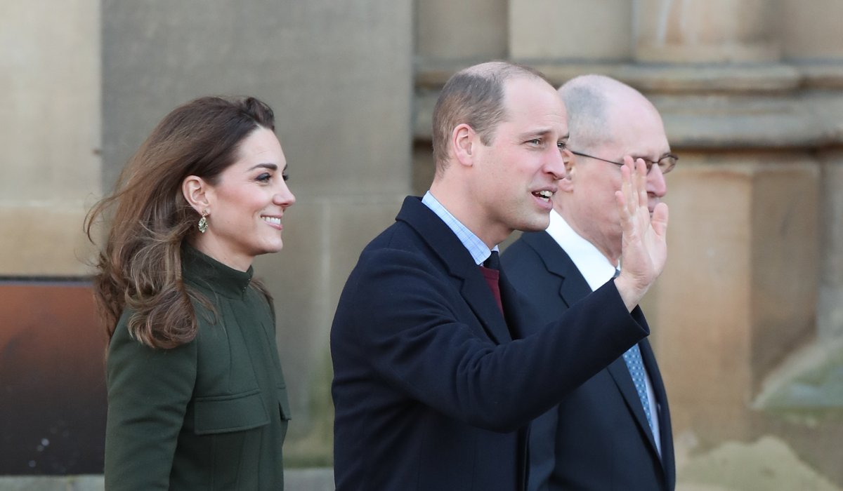 William and Kate visit Bradford amid tumultuous times for royal family itv.com/news/2020-01-1…