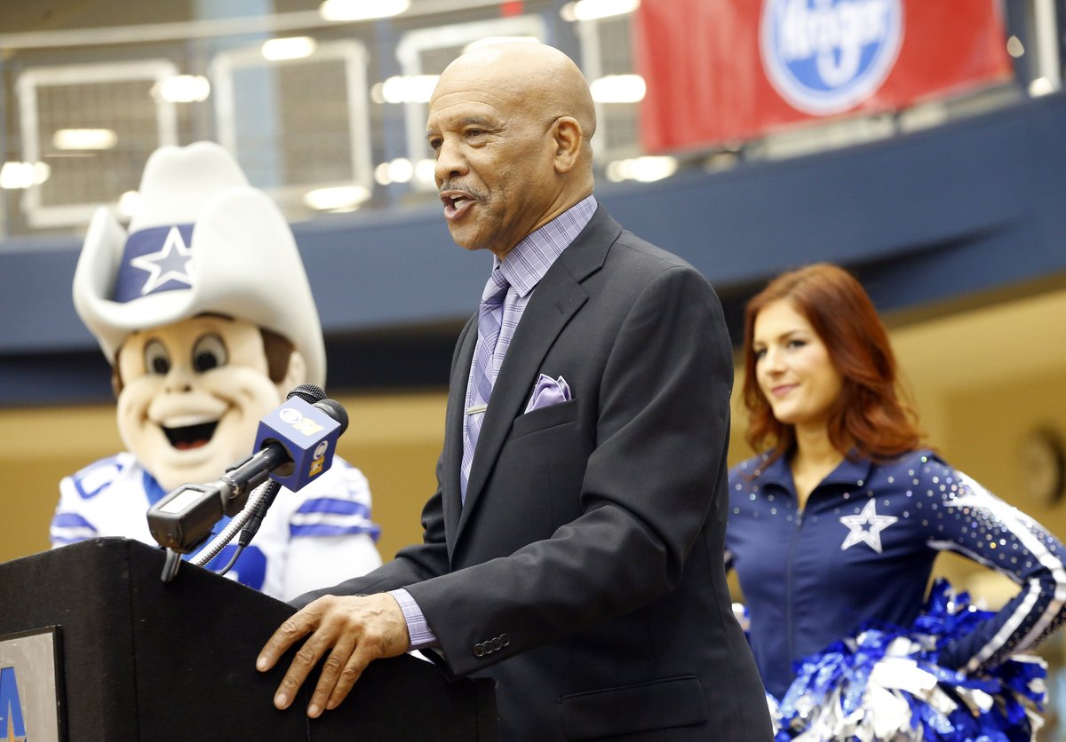 RT if you think Drew Pearson got snubbed from the Pro Football Hall of Fame (again!)   #PFHOF20  #CowboysNation <br>http://pic.twitter.com/bTXYi5hnxL