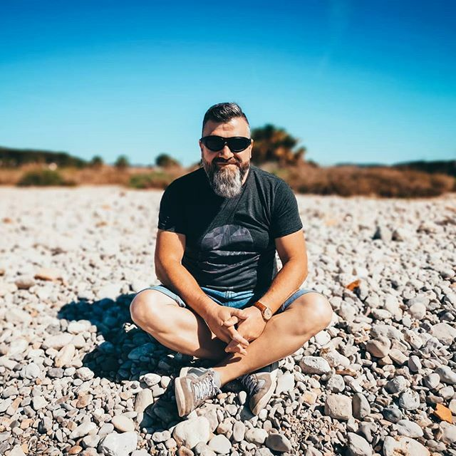 The Son is shiningvon on us, even when we don't see Him  . . . #thebeardedway #beardbrothers #beardbrand #beardedlife #beardcrew #beardsofig #beardmonsters #beardbalm #noshave #barbudosbr #lovebeards #beardmovement #staybearded #bulgaria #българия … https://ift.tt/2uRtDNbpic.twitter.com/Aa3HsrpbgT