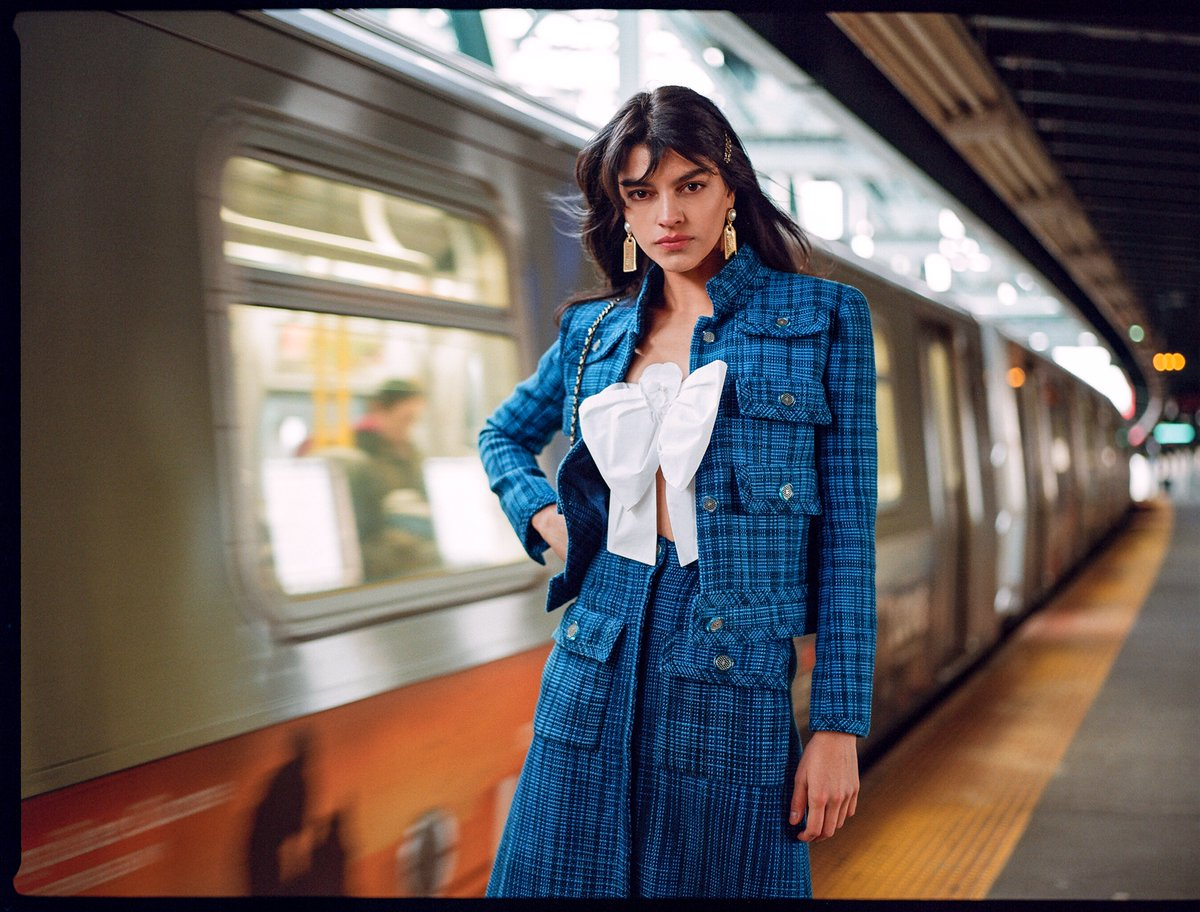 Rush Hour: Photographed in New York's subway stations, the electric colors and elegant silhouettes from the latest @CHANEL collection are bolstered by the dynamic energy of the city. #TheWebsterWay #CHANELCruise https://t.co/IrfJGtAReg
