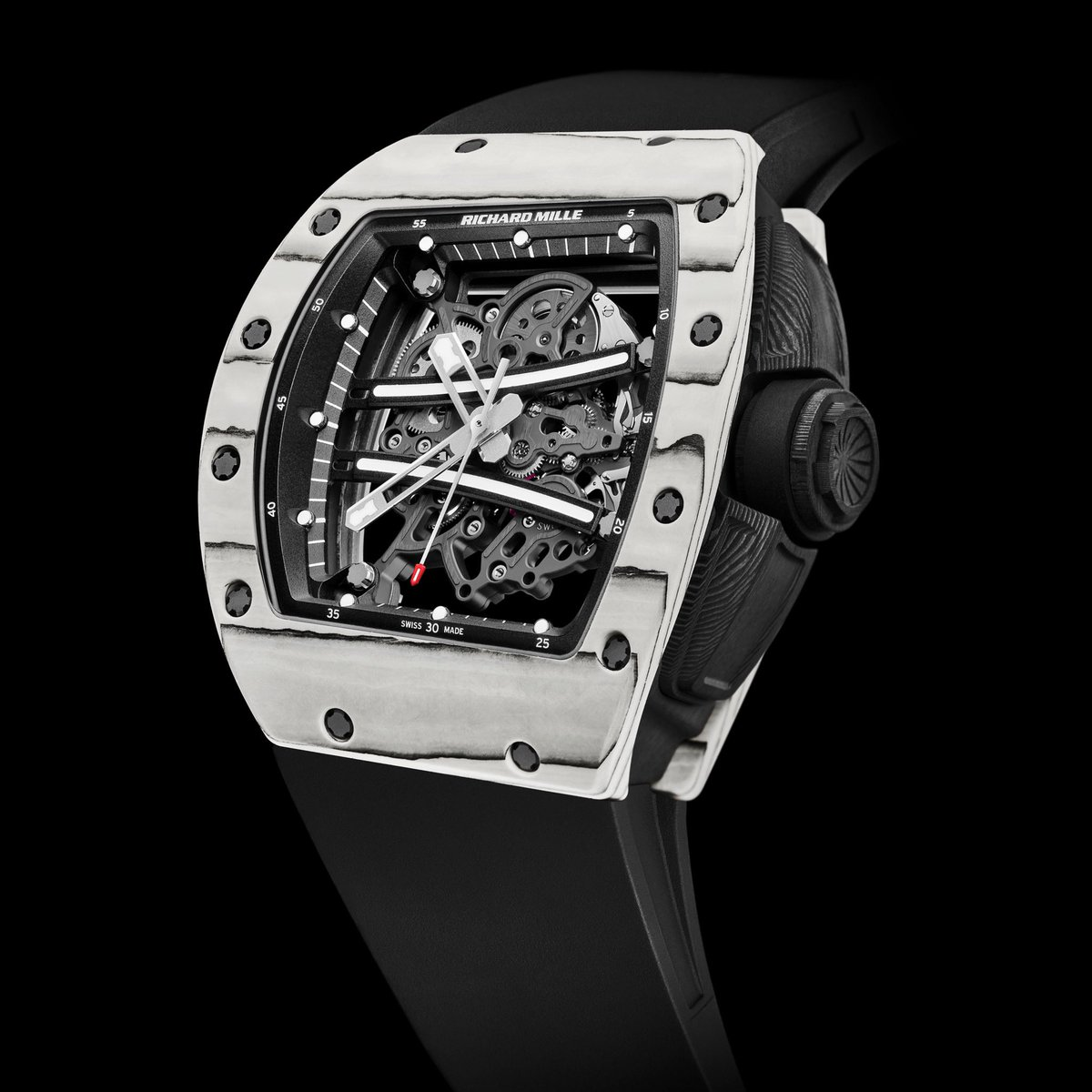Tested for impacts of over 5,000 g's, the highly skeletonised RM61-01 calibre crafted of PVD-treated grade 5 titanium ensures simple and effective performance. #RichardMille