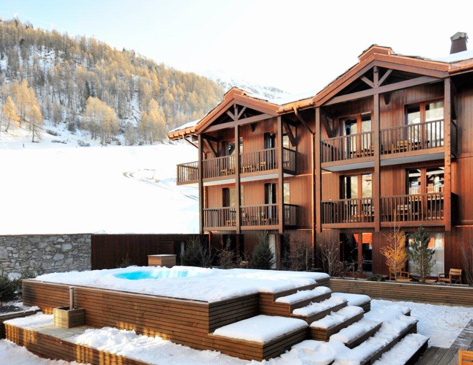 Inte sugen på att åka skidor? Upptäck utomhuspoolen på #ClubMedValdIsere https://t.co/L4W17vQOVB