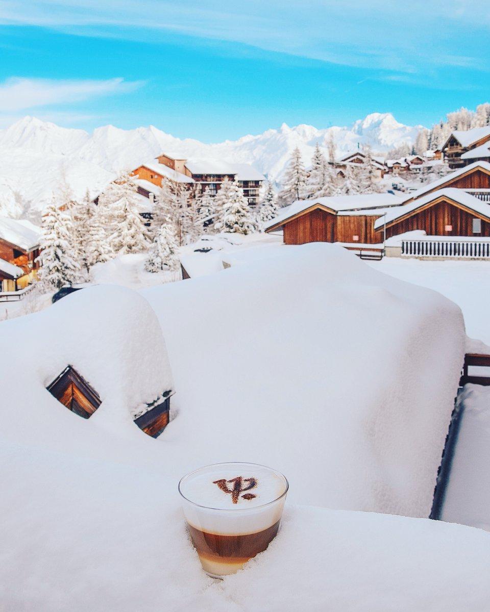Hur mår ni i dag? Vi är sugna på kaffe med utsikt över snöiga Alptoppar! ❄️☕️ https://t.co/0HeTnupfpq