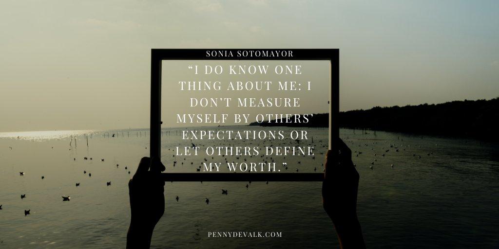 #selfworth #femaleentrepreneur #femaleleadership @PennyDevalkpic.twitter.com/XkIB3nRmEn
