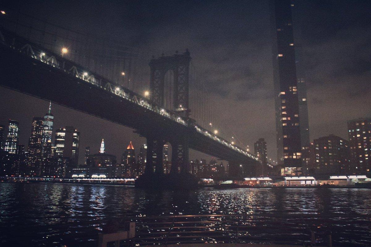 Random shots #photography #photographer #photos #newyorkcity #nyc # #photographerlife pic.twitter.com/Mw5QXBRuQT