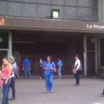 Image for the Tweet beginning: Por manifestaciones las estaciones La