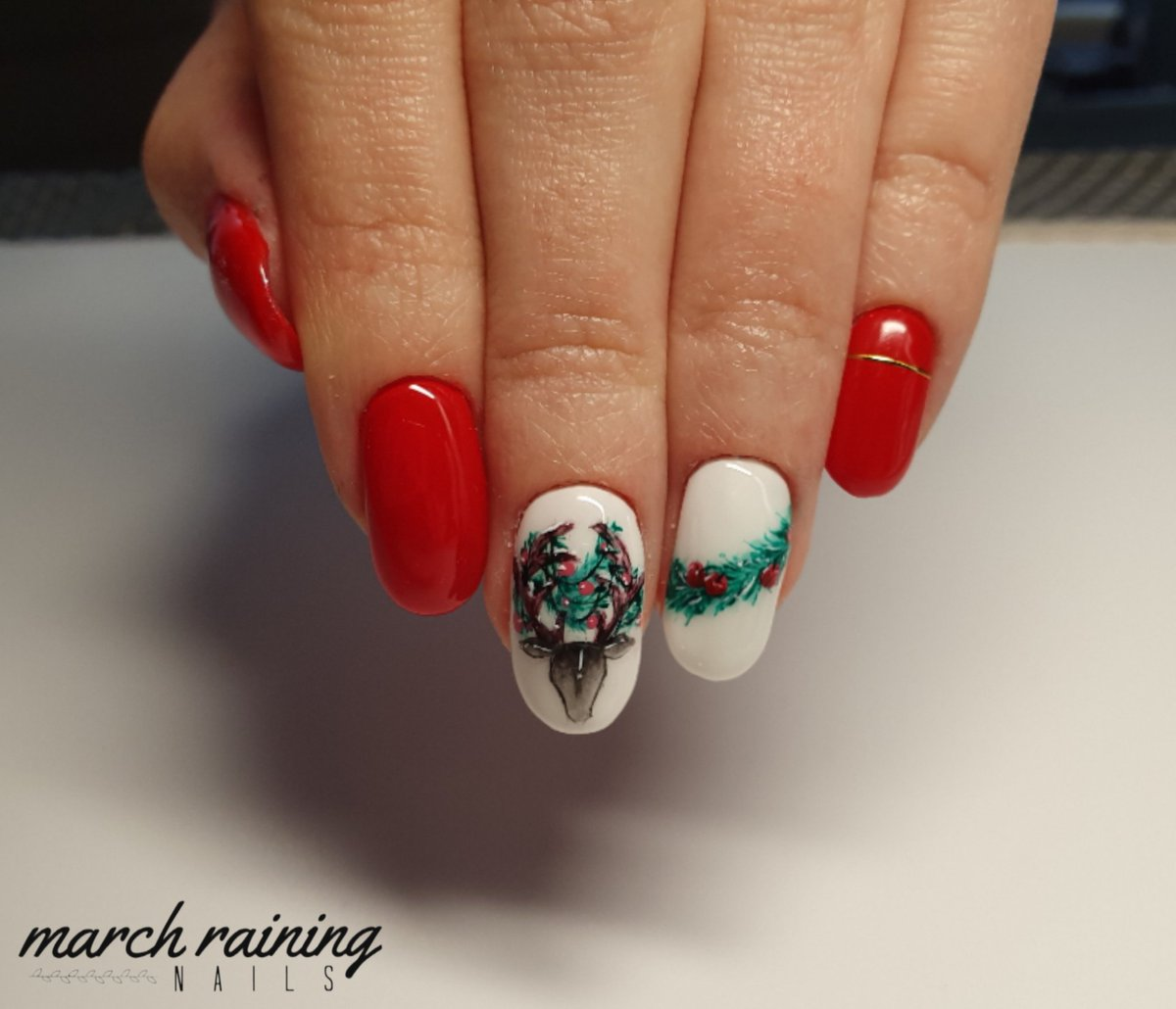 #nail #nails #nailart #christmasnails pic.twitter.com/iIrjPDQrxx