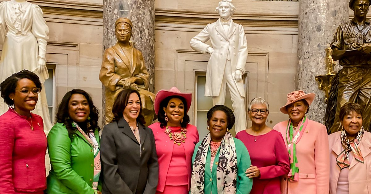 Wishing my Sorors of Alpha Kappa Alpha Sorority, Inc a happy 112th Founders' Day! Honored to join AKA members of Congress as we recognized our beloved sisterhood under the Rosa Parks statue in the U.S. Capitol.