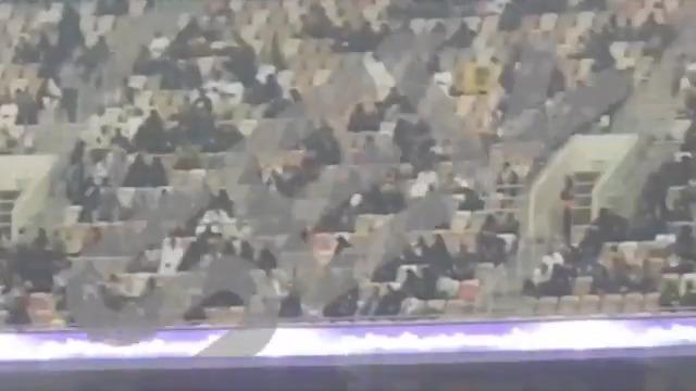 🚨 Arabia Saudí vuelve a separar a las mujeres en los estadios tres día después de la Supercopa cadenaser.com/programa/2020/…