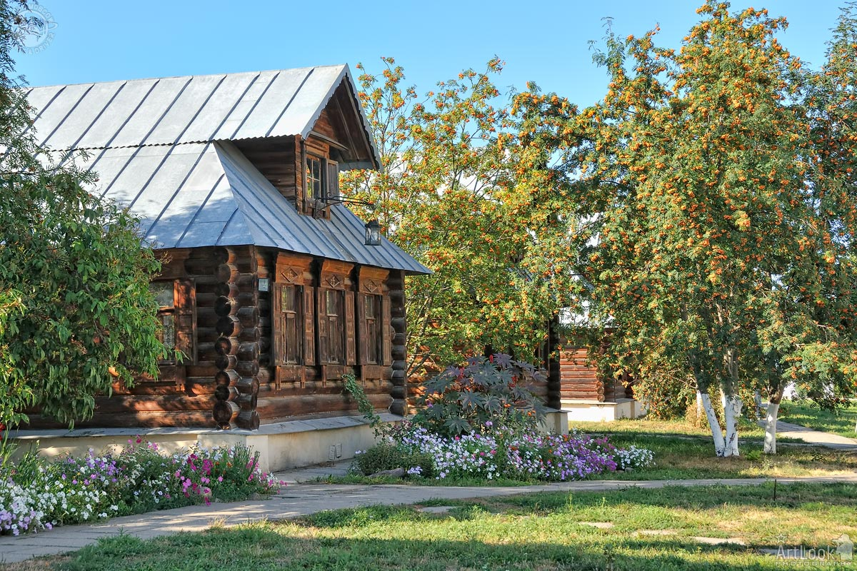 = Wooden House with Mezzanine Framed by Rowan Trees =  Suzdal - Golden Ring of Russia Tours    #GoldenRingOfRussia #Suzdal #Russia #houses #WoodenArchitecture #WoodenHouses #IntercessionConvent #rowan #summer