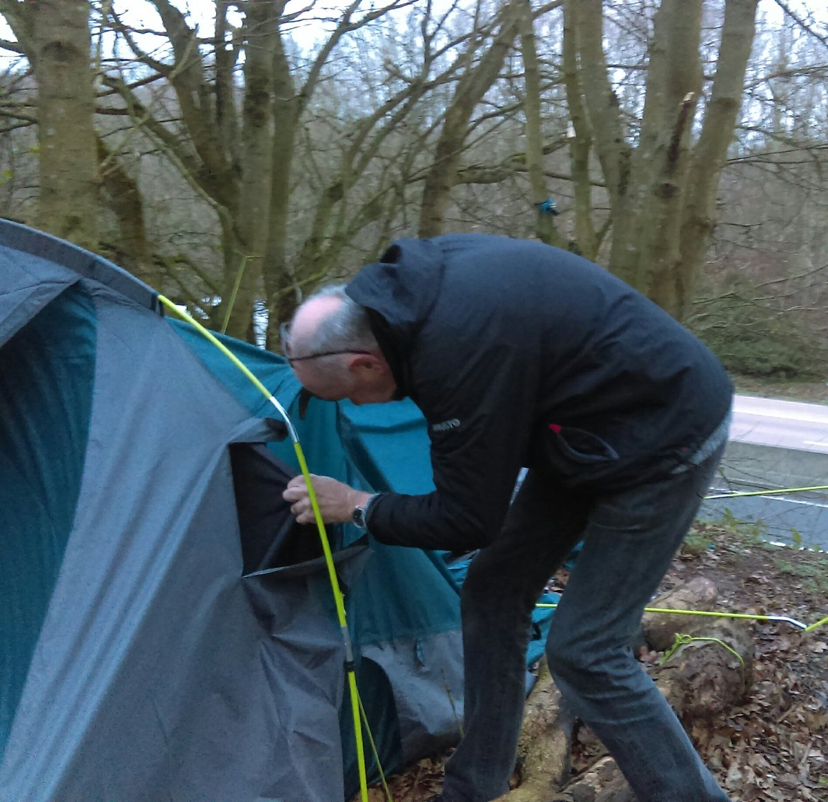 #outreachteam out today in rural areas looking for #roughsleepers and supporting those on the street overnight to get the best outcome for them in the short term #paperandpens  #sleepingbag #warmandcosy  #hotdrink  #tellingyourstory  #offeringhelp  @shrewsburyark  @ShropCouncilpic.twitter.com/4kjwzzWefy