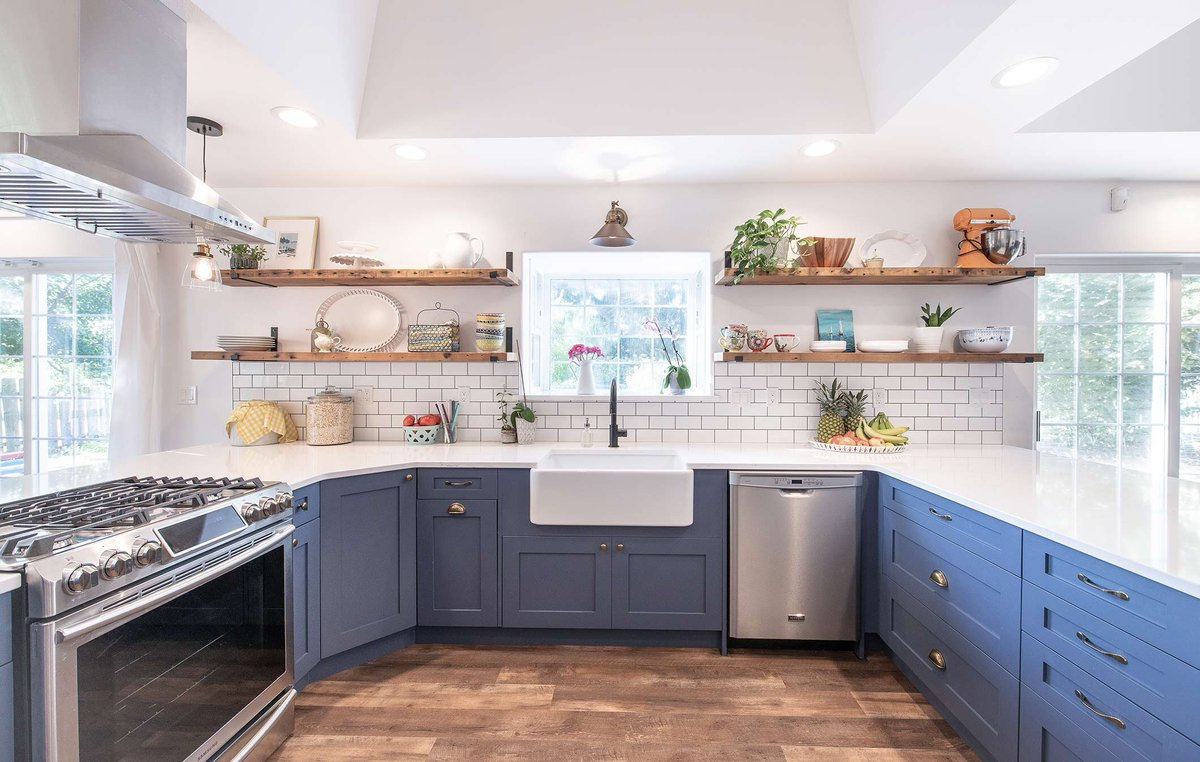 Merit Kitchens On Twitter Our Striking Paint Colour Marine Has Been One Of Kitchen S Best Selling Finishes Ever Since It Was Introduced To Lectus Line This Is No Exception