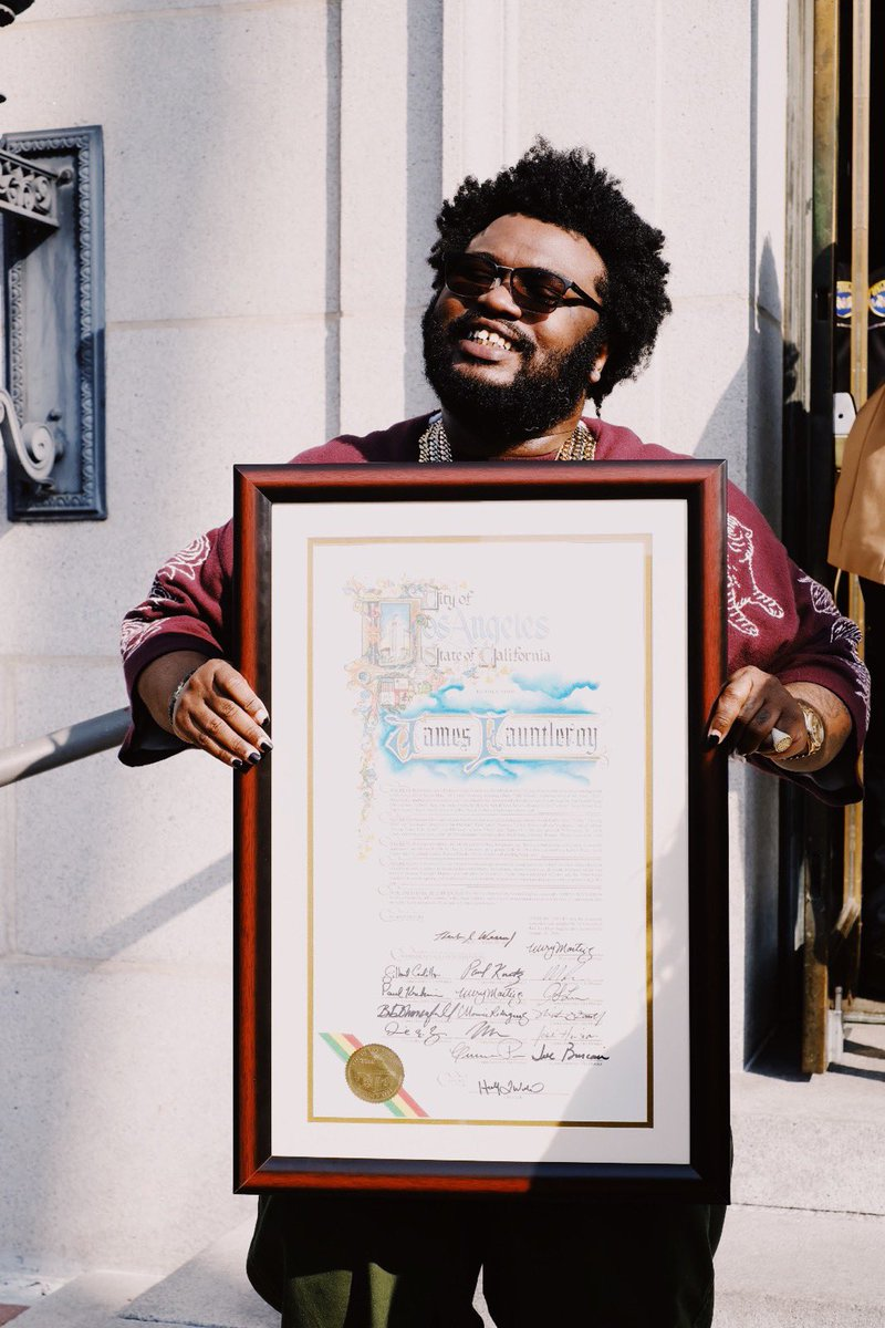 Look at @fauntleroy! You jus a lil baby angel James.  Happy 1500 Day in LA! 🌴 🥂
