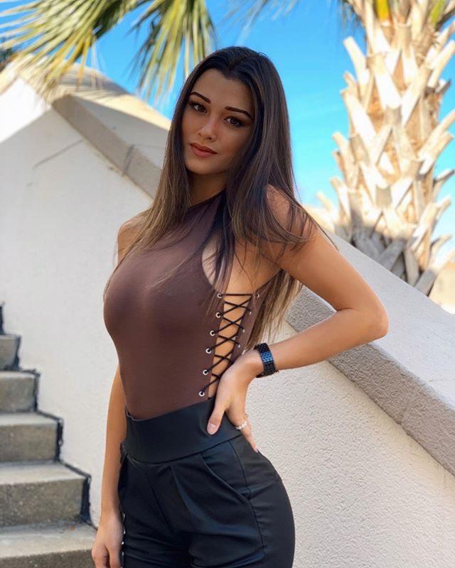 Keilah Kang Women Fashion Tops Babes 1