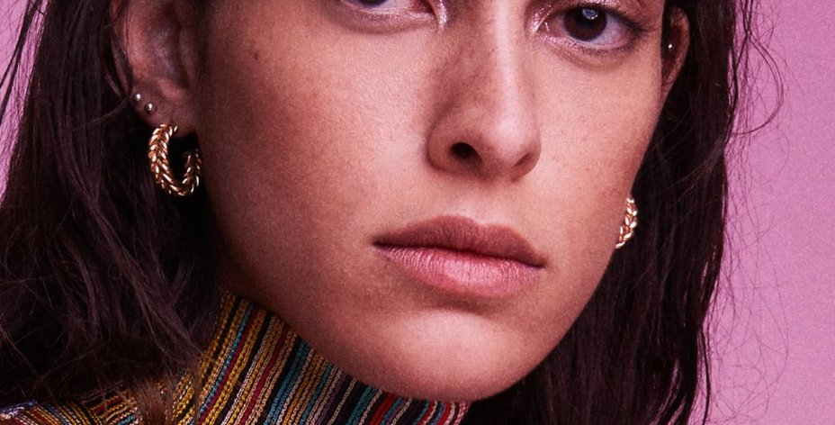 These twisted wire hoops in raw brass by #lauralombardi offer rich textural dimension for any outfit. @Nordstrom   https://rstyle.me/+FKKQjRF0r7RA-wx3lbZzlQ…  #hoopearrings #winterstyle pic.twitter.com/9Rvwts2tGw