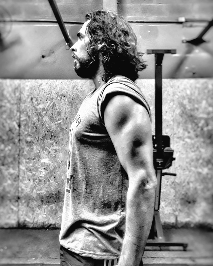 🎶 Um ser humano fantástico com poderes titânicos...🎶 #crossfit #crossfitbr #crossfitbrasil #burpeebrasil #crossftlife #WOD #workout #crossfitgames #Cross21 #TCB #crossfitaddict
