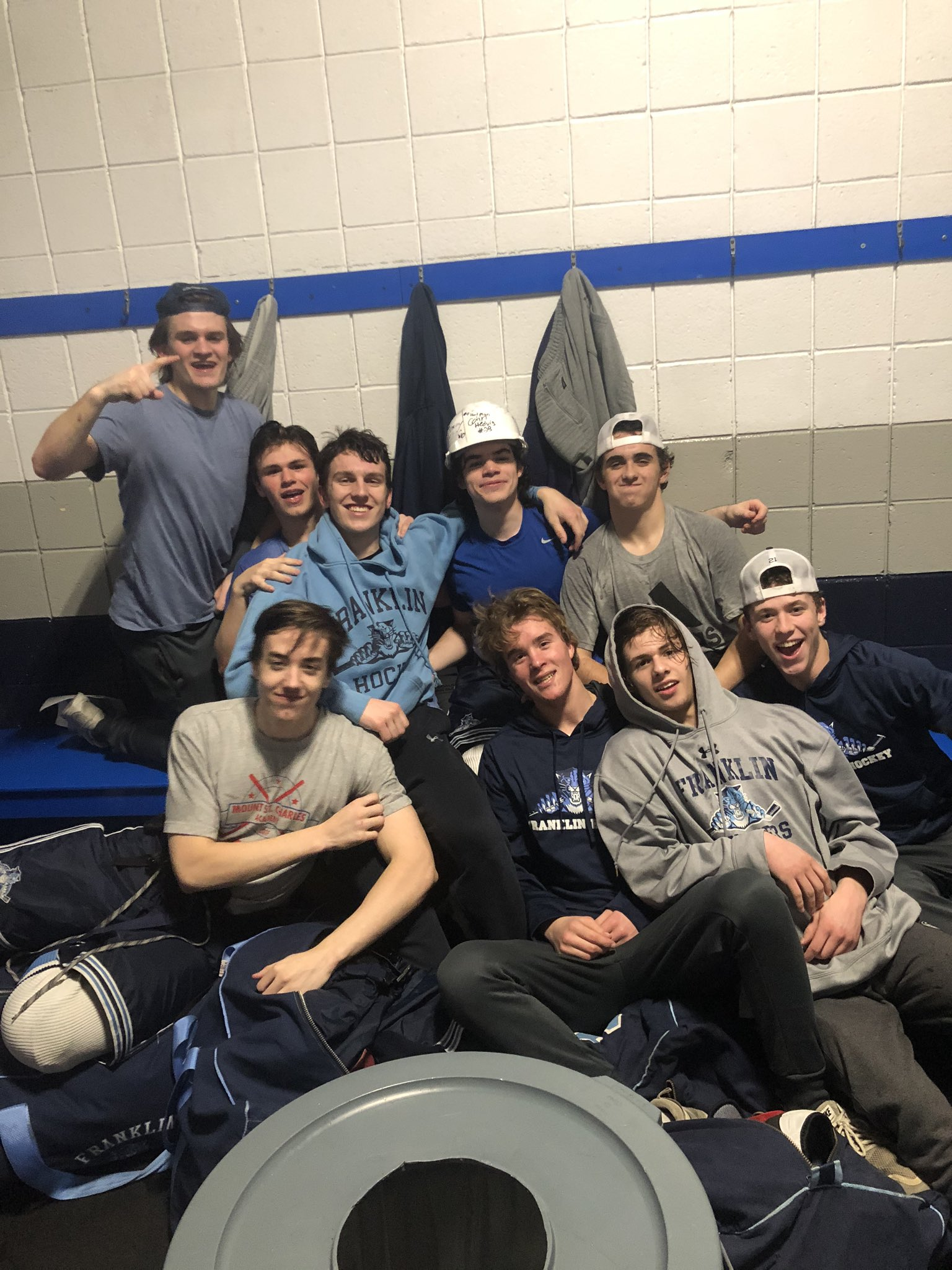 Great 9-2 win over Attleboro tonight. Hard hat to JT Dwyer for getting 2 goals and an assist. #LETSGOOO