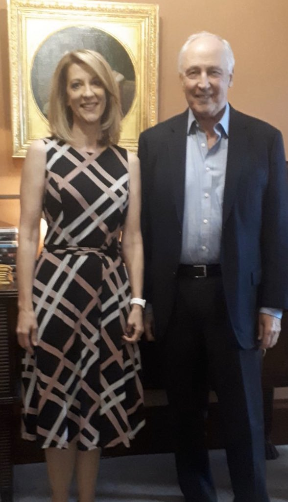 Just had a very nice meeting with former Prime Minister Paul Keating. Talked job guarantee, inequality, trade, and much more. No further events in Australia. Flying home tomorrow.