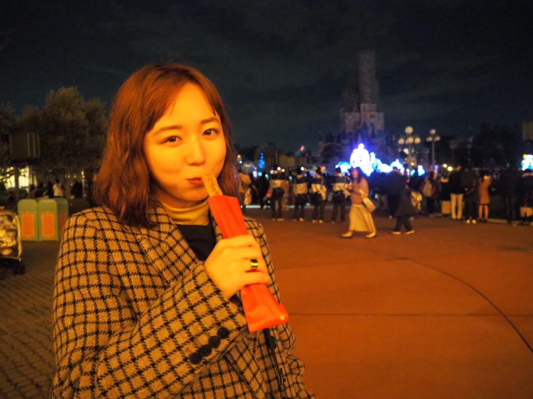 【竹内朱莉 Blog】 Tokyo Disneyland: 昨日はりなぷーとTokyo Disneylandに行ってきました🐭🏰凄く空いてて、沢山乗り物乗れました🎢沢山喋って、沢山乗り物乗って楽しかったー🍭久しぶりにカメラ使続きをみる…  #ANGERME #アンジュルム