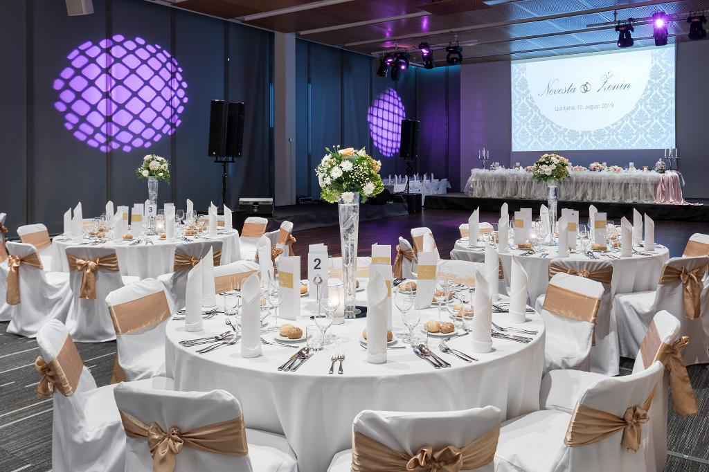 At Four Points by Sheraton Ljubljana, we organize unforgettable weddings where you can enjoy magnificent venues with top-notch technical equipment. Contact: sales@fourpointsljubljana.com For more information or call us on + 386 1 47 02 722/+ 386 1 47 02 723.  #weddings #venues https://t.co/2oGQgoNidM