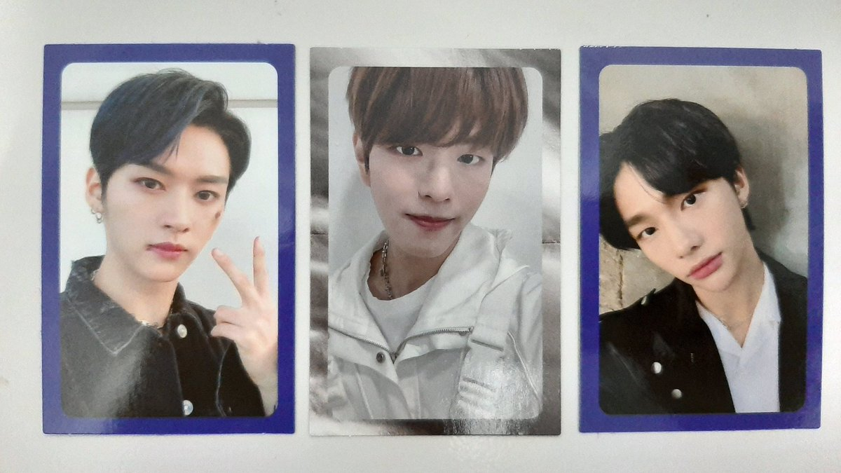 Clé: Levanter Finally, I got Prince Hyunjin♡ I got my top3 bias, Lee Know.. and our dandy boy, Seung-puppy! For cover page, I got Likseu♡ pic.twitter.com/YktUnQkt9x