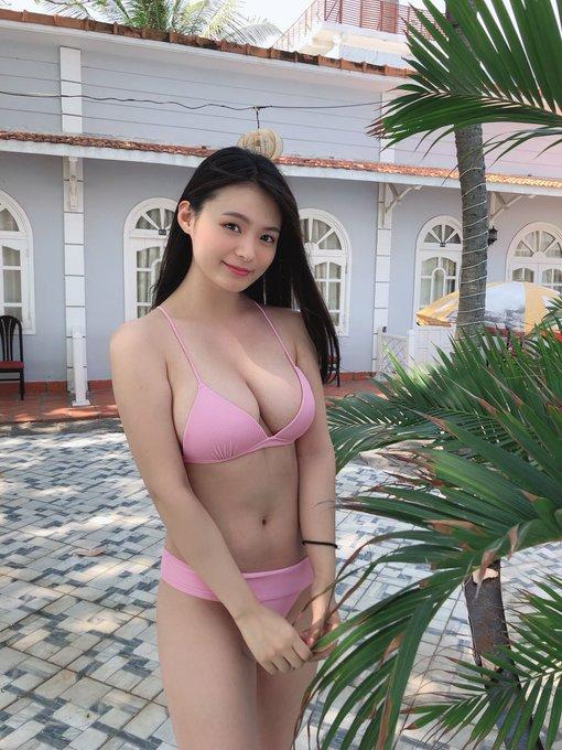 グラビアアイドル星名美津紀のTwitter自撮りエロ画像10