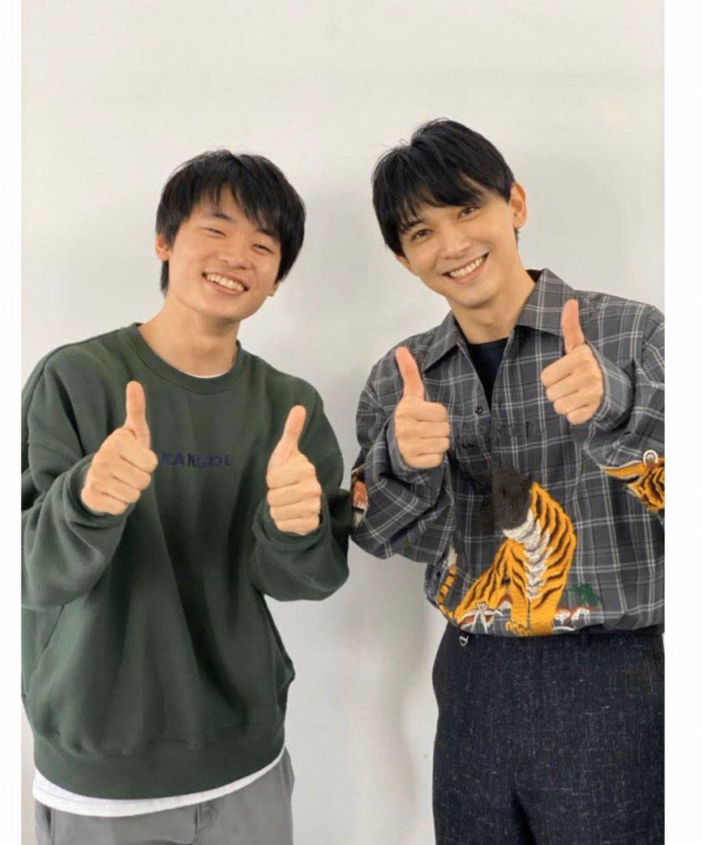 1月23日発売/SPUR3月号にて吉沢亮さんの連載コーナーで対談しました  「吉沢さんが移動中に突然爆笑するようになった」もう、幸せが止まりません。 対談中ぐふふふニヤけてしまい、相当気持ち悪かったと思います。すみません笑  動画… https://t.co/ynD0bHSKMY