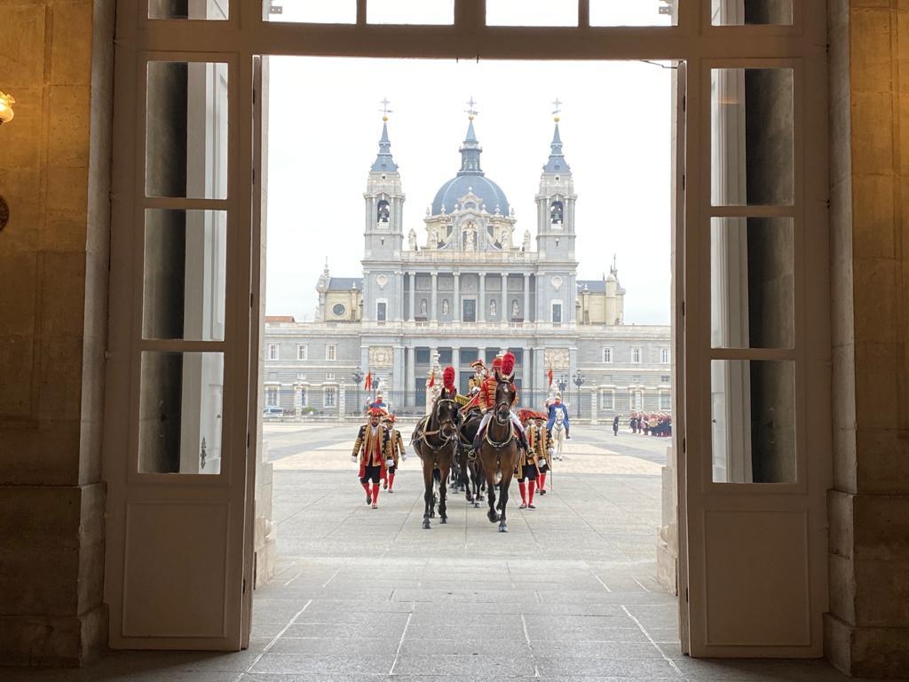 El Nuncio, entrando en carroza al Palacio Real