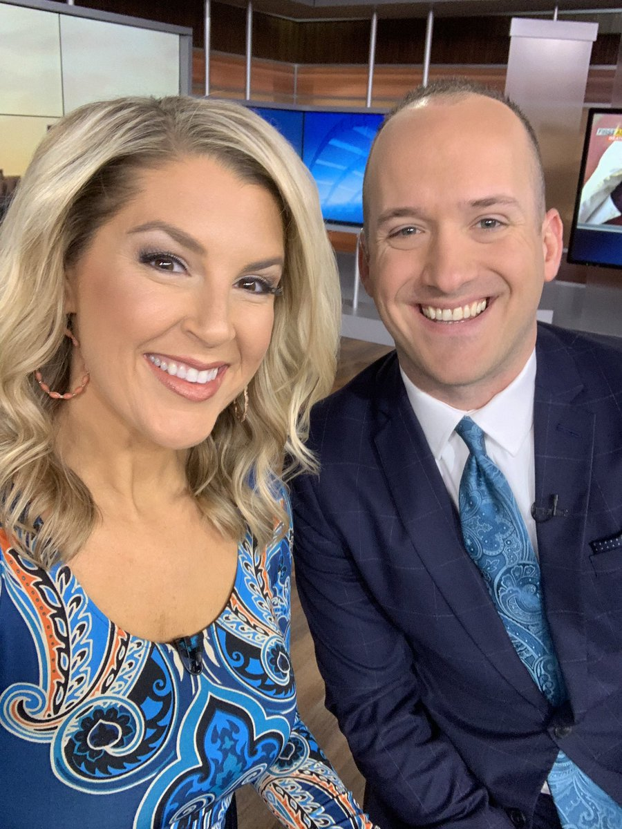 Matching colors and prints?!? Did we go too far??? #teal #paisley @news10nbc @WHEC_BSomerspic.twitter.com/901Hjoe2iw