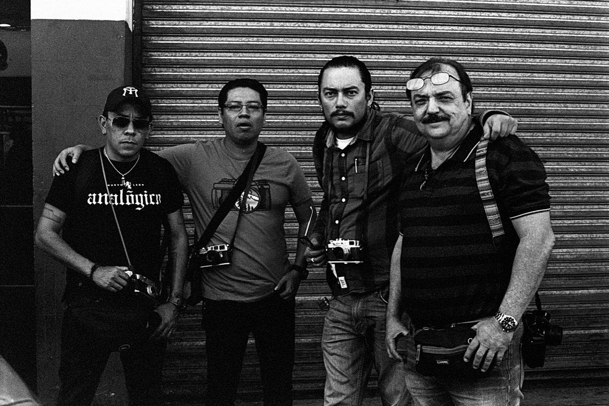The folks I usually go out and shoot wirh. - Monterrey, Nuevo León, México. - Asahi Pentax Spotmatic & Super Takumar 50/1.4 - Kodak TX - D76 Stock.  #film #filmphotography #HeyFSC #BelieveInFilm #shootfilmbenice #keepfilmalive pic.twitter.com/OkAce7SaVM