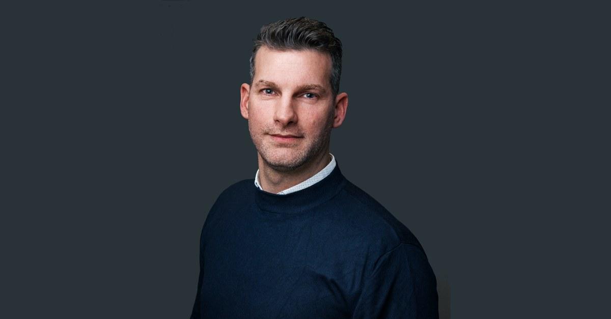 """Tom Johann (42) ist seit 1. Januar 2020 neuer Newsanchor von """"Arno und der Morgencrew"""" bei @1046RTL Berlins Hitradio. Vorher war er u.a. bei @ANTENNEBAYERN und @943rs2. #Berlinpic.twitter.com/jm6EylYJlV"""