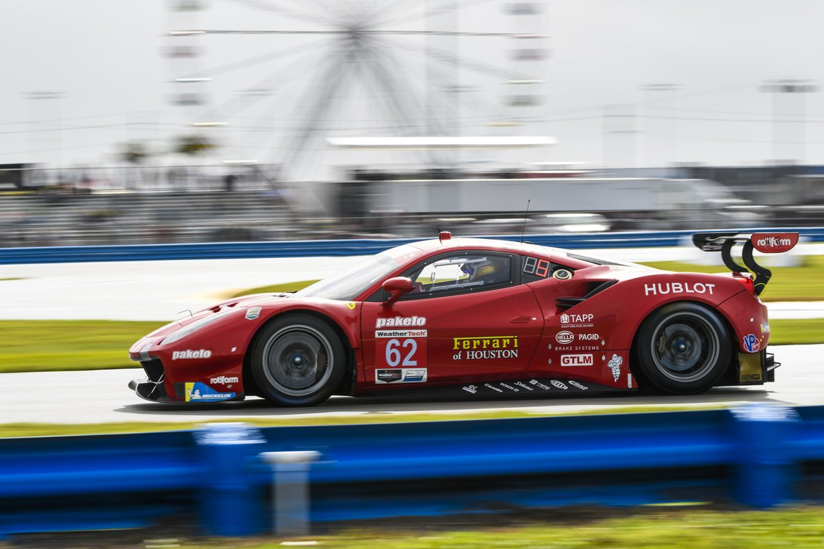 .@IMSA Chequered flag is out for the GTLM qualifying session and @Ale_PierGuidi is P7 with the #Ferrari488GTE by @risicomp for the #Daytona24.    #IMSA #CompetizioniGT pic.twitter.com/TZTMroC3QR