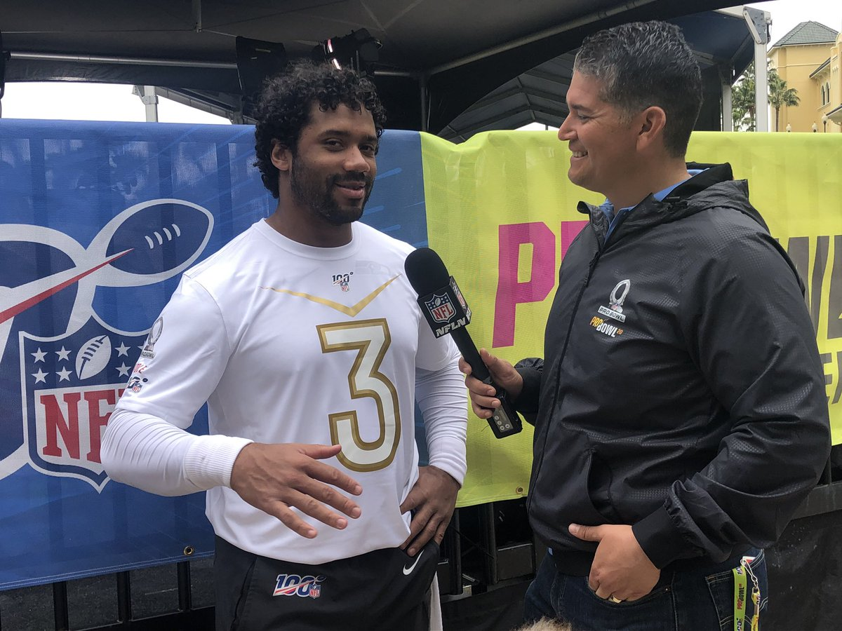 #Seahawks QB & NFC starter, Russell Wilson, joins us coming up @nflnetwork on #NFLNow from the #ProBowlpic.twitter.com/cYTudj21iC