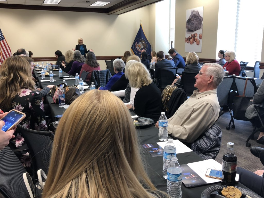 In wake of announced of impending death of #taxreform at state Capitol, GOP candidates for governor speak at Republican luncheon. <br>http://pic.twitter.com/lYAYk00Zhh
