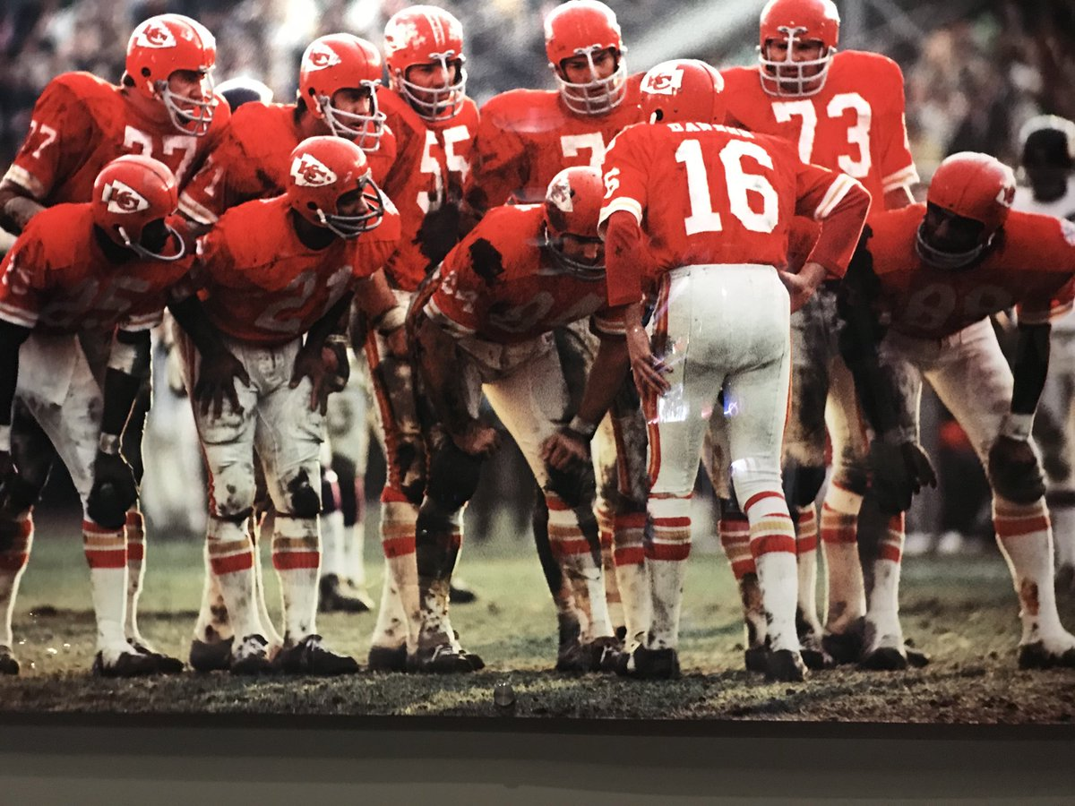 I really enjoy seeing these iconic photographs around Arrowhead Stadium. We have live reports on the #Chiefs for all @ESPNNFL and @SportsCenter shows. Andy Reid, coaches and players interviewing soon.