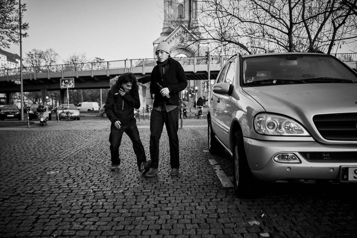 16|#366 · Footsie https://iamerw.in/2020/01/16/16366-%c2%b7-footsie/… #365aroundthesun #366days #366project #Berlin #Berlinbreeze #Berlincalling #Berlincity #Berliner #Berlinlove #Berlino #Berlinpage #Berlinstyle #Blackandwhitephotography #Blancoynegro #Bnw #Bnwcaptures #Bnwdemand #Bnwglobepic.twitter.com/RFW87HY2i0