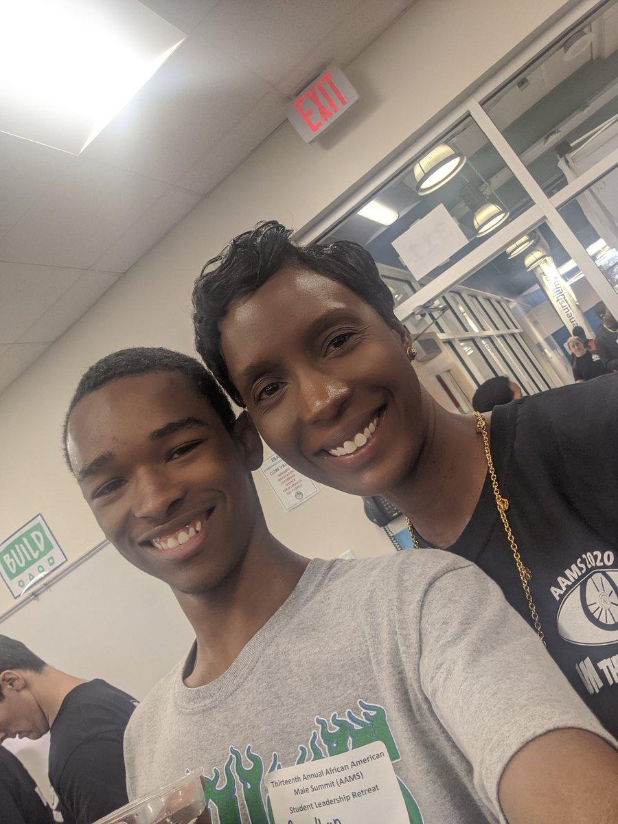 Reconnecting with @GRHS_Stallions student leader at #AAMSVB leadership retreat. @leslielehner. #leader #proudofhim