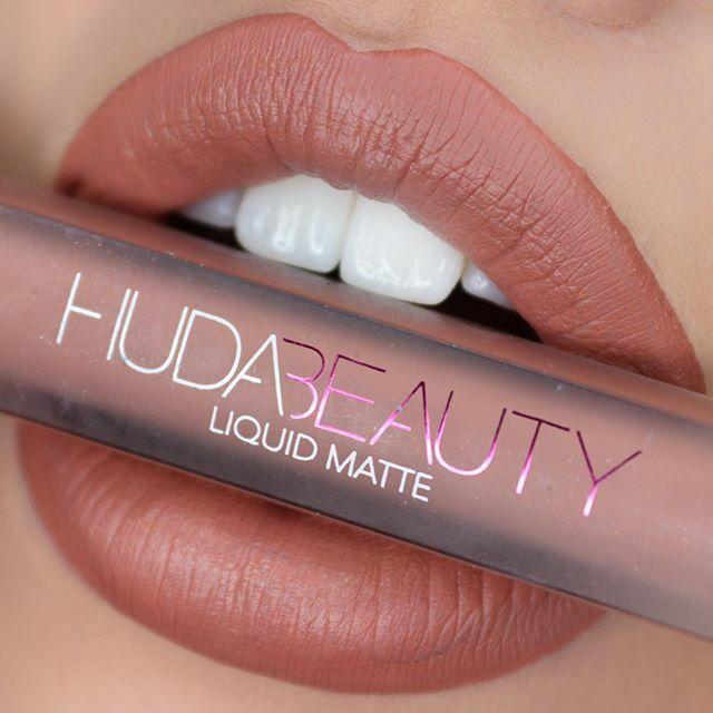 "Venus in Furs ""Venus"" #liquidlipstick by @hudabeautyshop @huda @hudabeauty #makeupparty #lipstickcollection #hudalipstick #instamakeupartist #makeupgram  #makeuplover #makeupofinstagram #makeupgoals #makeupguru #hudabeautylipstick #li… https://ift.tt/2QZmsewpic.twitter.com/7huLVL3gsi"