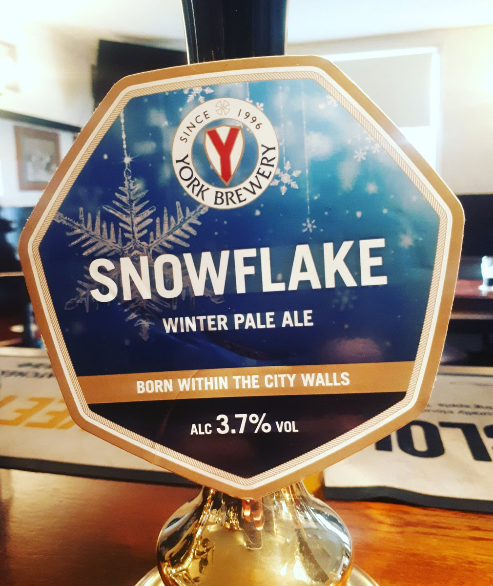 Now serving... 🍻@YorkBrewery #everydayisabeerfestival #beer #nowserving #onthebar #local #localale #localbrew #winterale