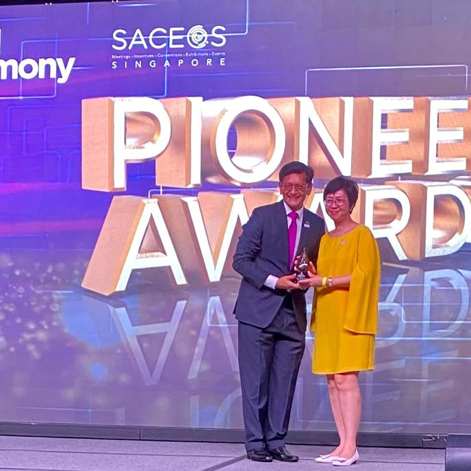 Congratulations to @agility_FE for winning @SACEOS Pioneer Awards at the 40th Anniversary celebration. @PrisL16, CEO Agility #Fairs & #Events, accepted the award. Learn more about our F&E program at https://t.co/azG6nU1iHH